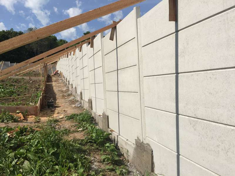 Muro placa de concreto